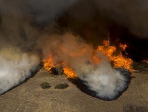 11fire-scene-slide-KV63-superJumbo_fires